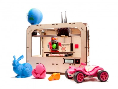 A Makerbot Replicator that is similar to the Fayetteville Library's 3D printer