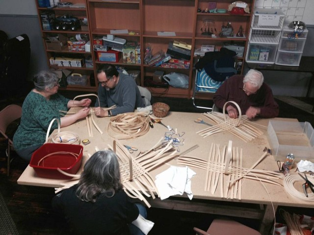 Basket Making Class at the Rochester Makespace